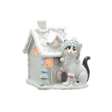 Кошечка Лаки в Шапочке у Заснеженного Домика с Подсветкой (Полистоун)