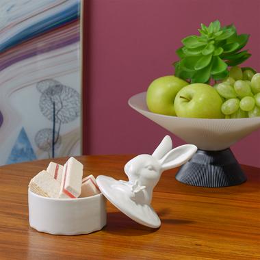 Шкатулка Керамическая Белая с Кроликом