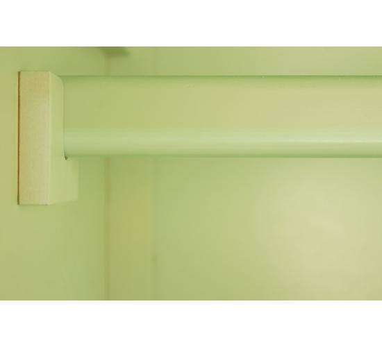 Трехстворчатый шкаф